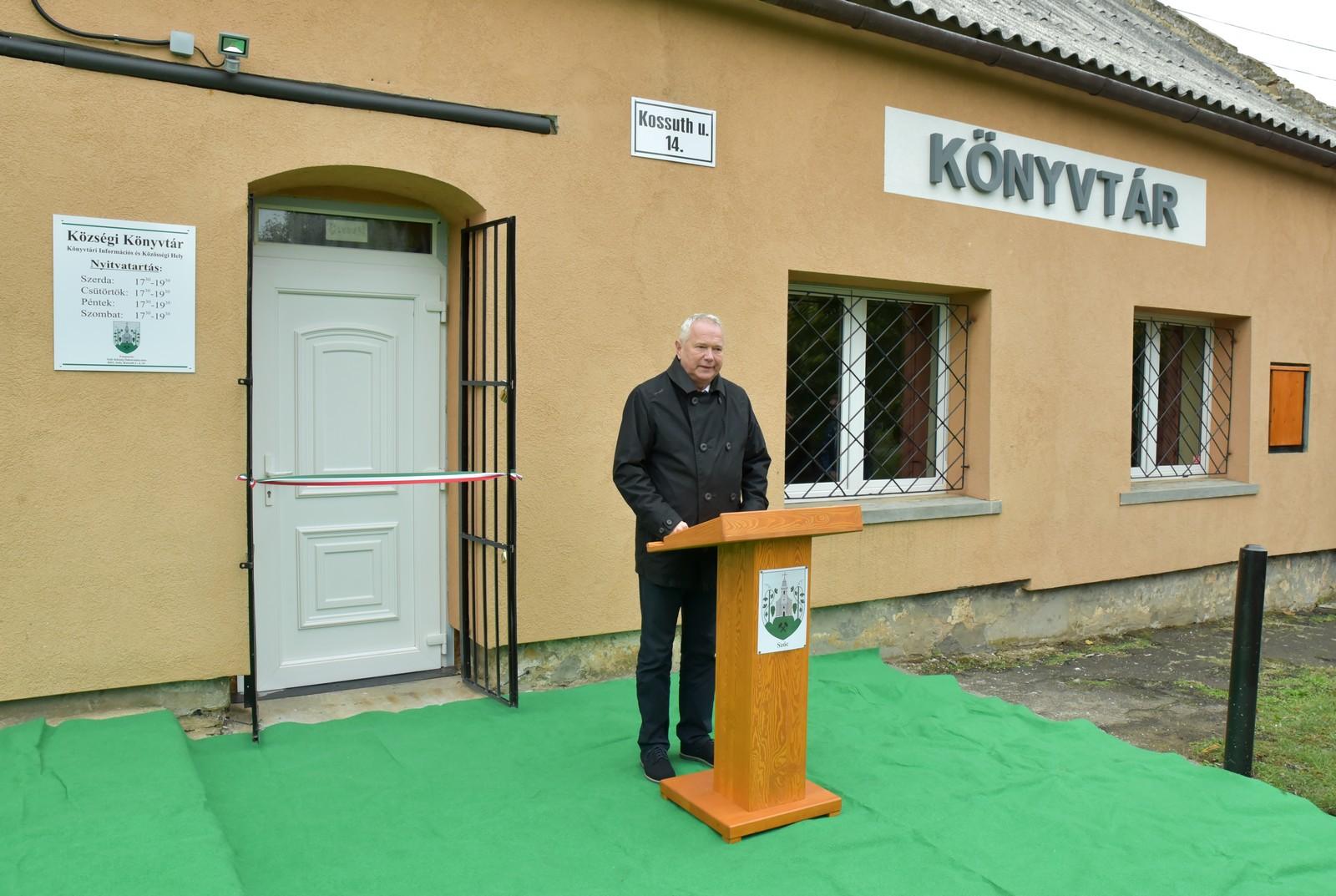 szoc_konyvtar003